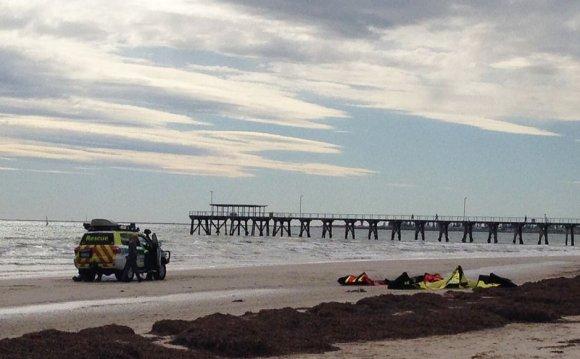 Kite surfer accident